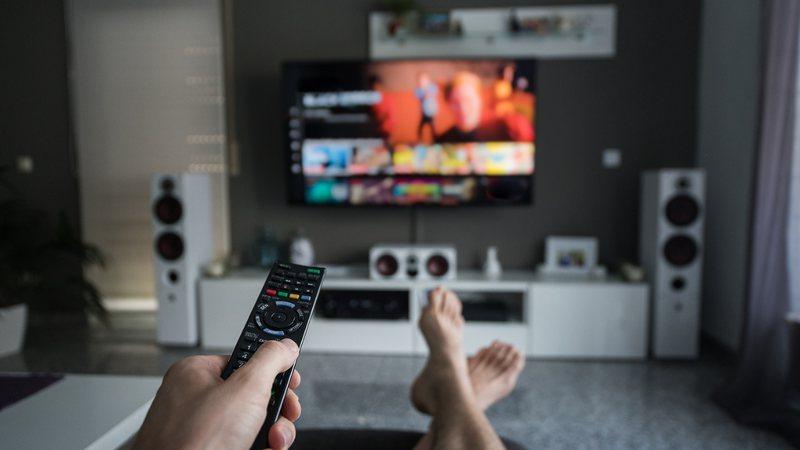 Como assistir Netflix de graça e sem baixar nada
